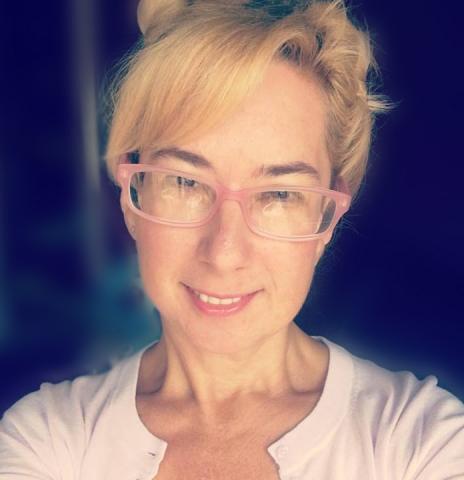 a photo of author Ellyssa Kroski